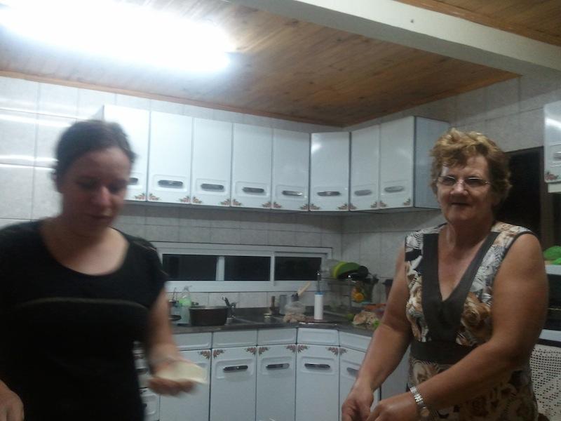 Gladys mit ihrer Mutter