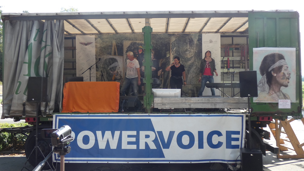 POWERVOICE 3. Mini Open Air - Andres and Friends Harmstorf
