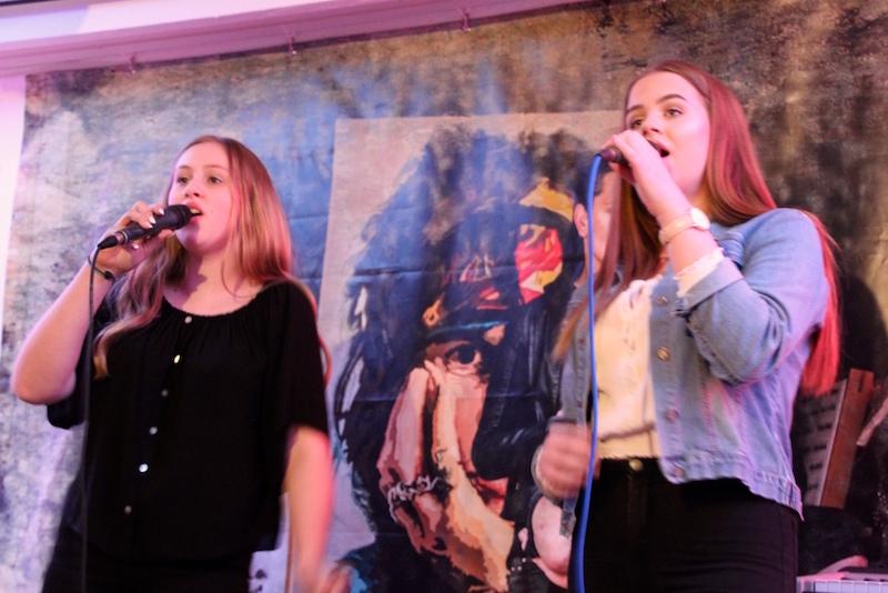 Gesangsausbildung Hamburg: Emely und Gina