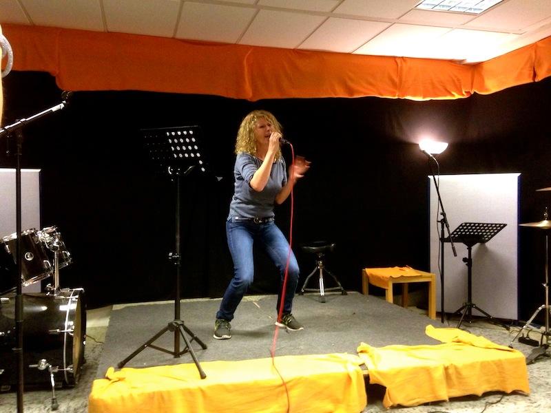 Petra rockt die Bühne