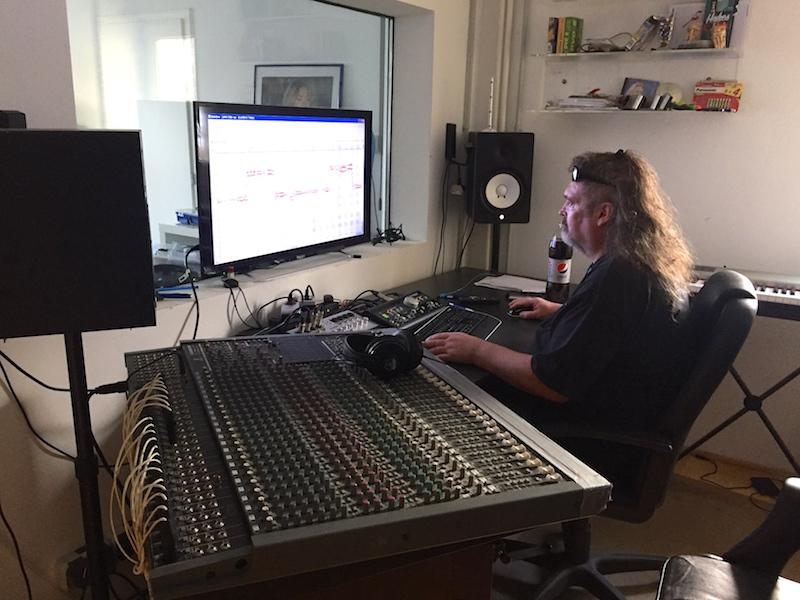 Andrés im Studio
