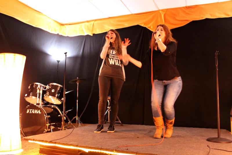 Chrissie und Maren aus der Sängerausbildung
