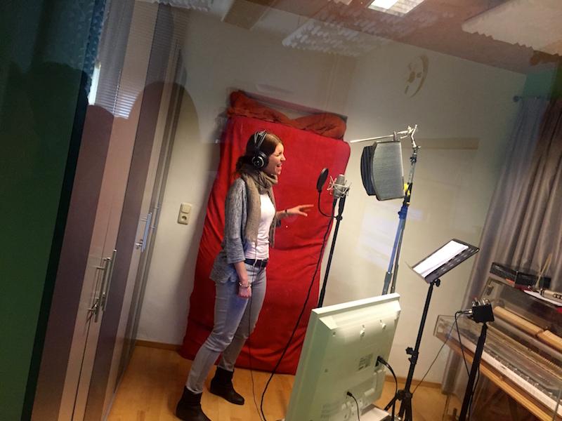 Ausbildung zum Vocalcoach: Chrissie im Studio