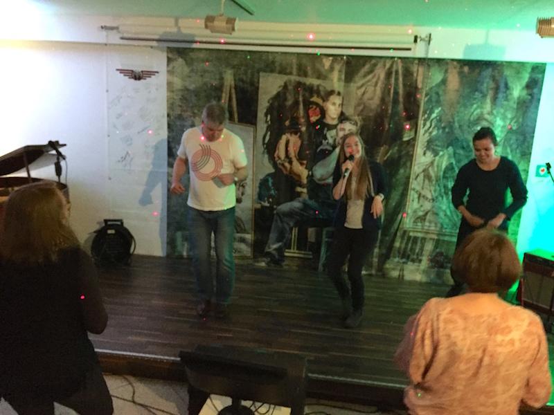 """Gesangsausbildung: Alle tanzen """"Bossa Nova"""""""
