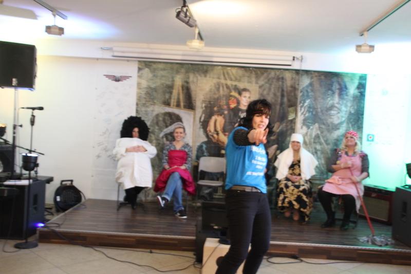 Ausbildung zum Vocalcoach: Lydia heizt uns mit ihren Moves ein!