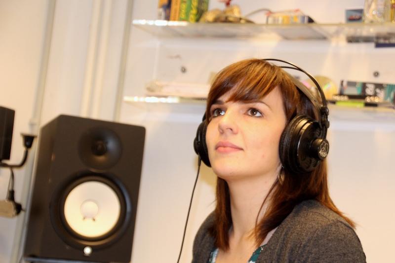 Ausbildung zum Vocalcoach: Lydia hat im Studio alles im Griff!
