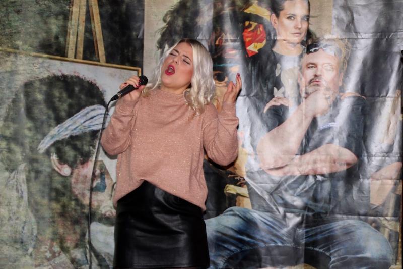 Sängerausbildung Dezember 2017: Unser Küken Mickela
