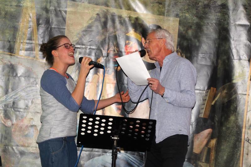 Sängerausbildung Februar 2018: Sarah und Rolf stellen ihren Song vor