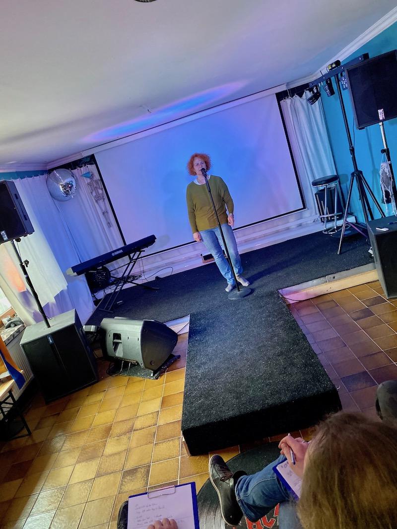 POWERVOICE: Ausbildung zum Vocalcoach - Ina singt ihren ersten Song vor